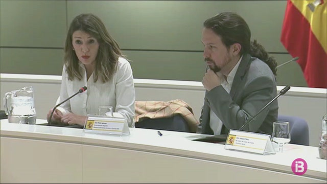 Yolanda+D%C3%ADaz+i+Pablo+Iglesias+es+reuneixen+amb+representants+del+sector+agrari