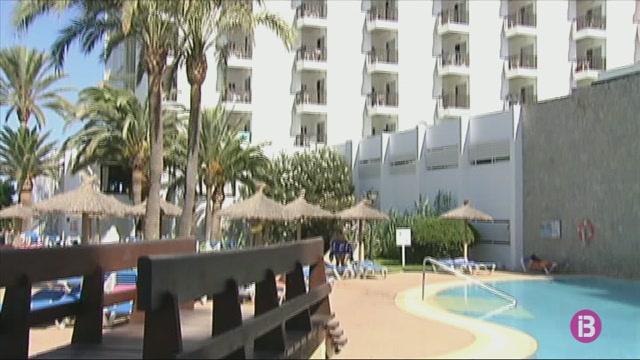 El+Consell+de+Menorca+dona+llum+verda+a+reformar+l%27hotel+d%2711+plantes+a+primera+l%C3%ADnia+de+Son+Bou