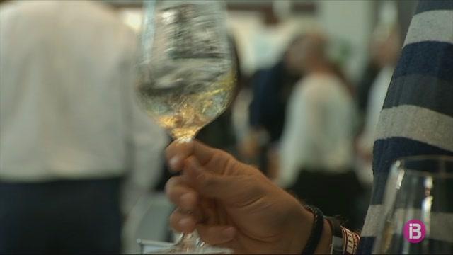 M%C3%A9s+de+90+cellers+de+vins+participen+a+la+sisena+edici%C3%B3+del+FEVI