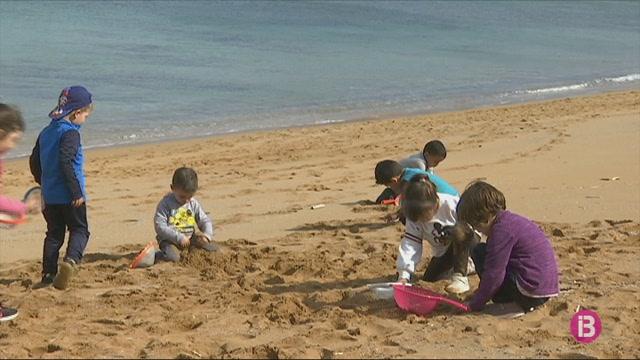 Uns+5.000+estudiants+de+Menorca+ja+han+participat+de+les+activitats+de+Per+La+Mar+Viva