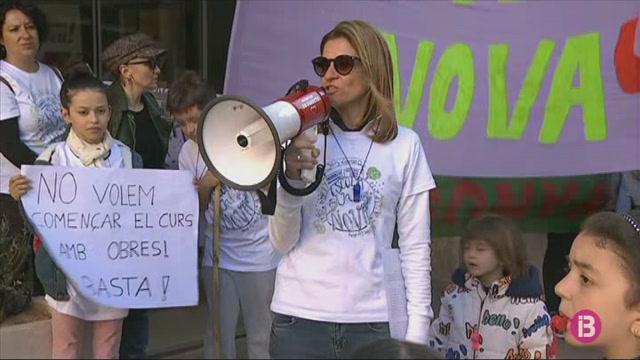 Protesta+a+Manacor+per+exigir+dues+escoles+noves