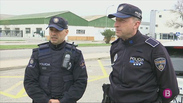 La+Policia+a+Menorca+prioritza+la+informaci%C3%B3+i+deixa+les+sancions+com+el+darrer+recurs