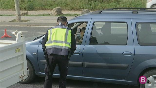 M%C3%A9s+controls+policials+a+l%27acc%C3%A9s+de+vehicles+a+Vila
