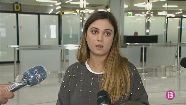 Comencen+els+controls+sanitaris+als+aeroports+de+Balears
