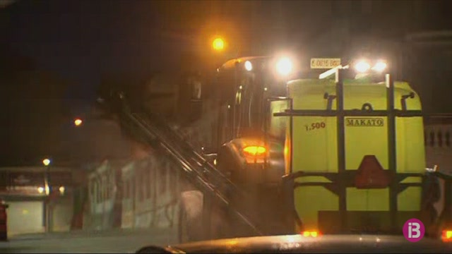 Els+tractors+tamb%C3%A9+desinfecten+els+carrers