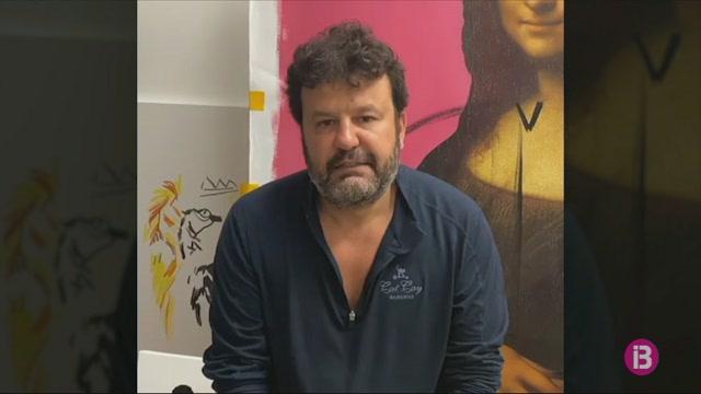 Domingo+Zapata+ret+homenatge+als+professionals+illencs+que+lluiten+contra+el+coronavirus