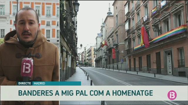 Comen%C3%A7a+el+dol+oficial+per+les+v%C3%ADctimes+del+coronavirus+a+Madrid