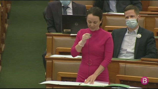 El+Parlament+d%27Hongria+autoritza+a+Viktor+Orb%C3%A1n+a+governar+per+decret+en+temps+indefinit