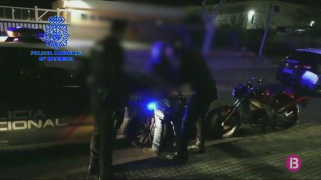 Sis+nous+detinguts+a+Balears+per+no+complir+el+confinament