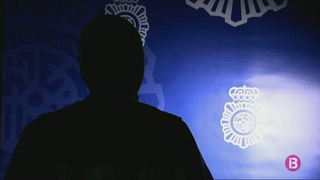 La+Policia+Nacional+i+la+Policia+Local+desarticulen+m%C3%A9s+de+130+punts+de+venda+de+drogues