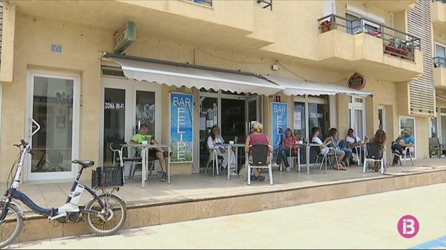 A+Sant+Ferran+i+Es+Pujols+les+terrasses+no+obriran+fins+que+puguin+venir+turistes