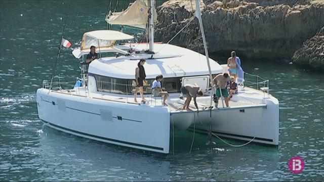 Porta+oberta+per+als+vaixells+estrangers+d%27esbarjo+sense+port+d%27estada+a+les+Balears