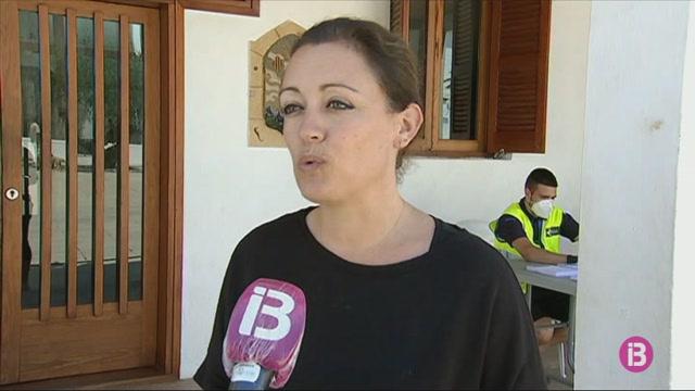 La+petita+i+mitjana+empresa+d%27Eivissa+i+Formentera+valora+positivament+l%27arribada+dels+primers+turistes