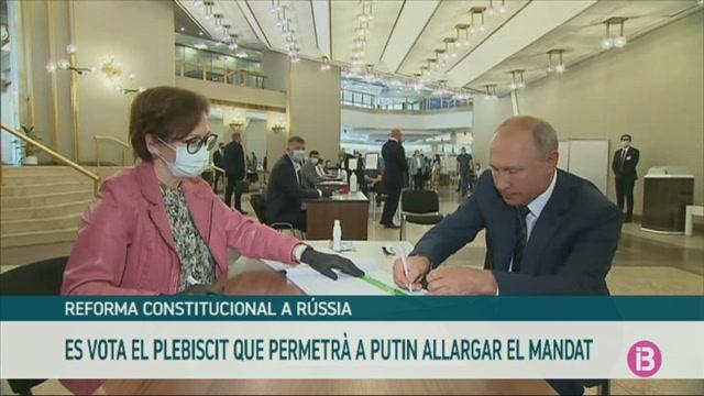 Plebiscit+constitucional+a+R%C3%BAssia