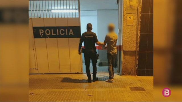Detingut+un+home+a+Palma+per+un+presumpte++delicte+d%27odi+contra+quatre+dones