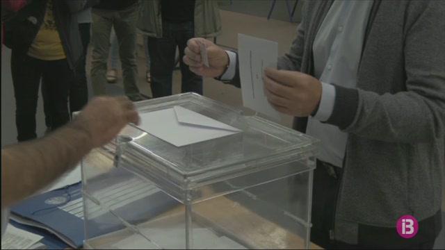 El+PNB+guanya+les+eleccions+i+frega+el+40+per+cent+dels+vots%2C+segons+l%27enquesta+de+Forta