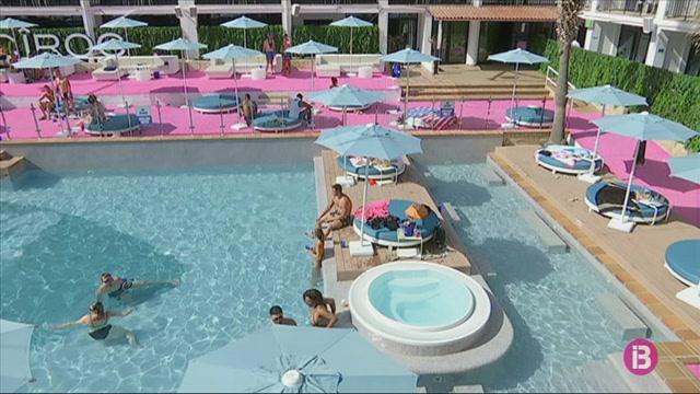 L%27hotel+Ibiza+Rocks+no+es+planteja+tancar%2C+tot+i+l%27allau+de+cancel%C2%B7lacions