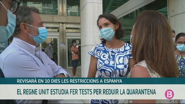 El+Regne+Unit+estudia+fer+tests+per+reduir+la+quarantena