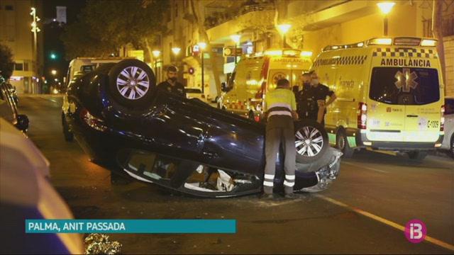 Un+cotxe+bolca+al+carrer+Marqu%C3%A8s+de+la+S%C3%A8nia+de+Palma