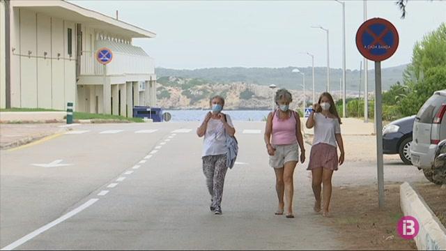 Hotels+de+Menorca+comencen+a+tancar+en+ple+agost+per+manca+de+clients