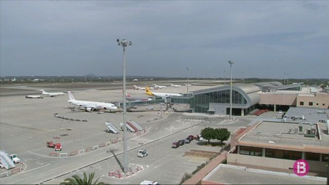 El+Regne+Unit+segueix+recomanant+als+seus+residents+que+no+viatgin+a+Espanya