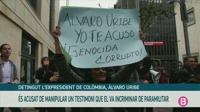 Detingut+l%27expresident+de+Col%C3%B2mbia%2C+%C3%81lvaro+Uribe