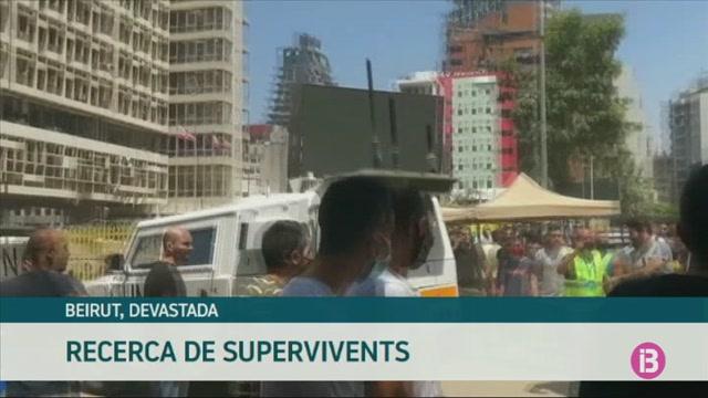 El+L%C3%ADban+cerca+els+supervivents+entre+els+enderrocs+i+els+culpables+de+les+explosions+a+Beirut