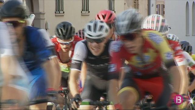 Y%C3%A9ssica+P%C3%A9rez+i+Pau+LLaneras+guanyen+el+campionat+de+Balears