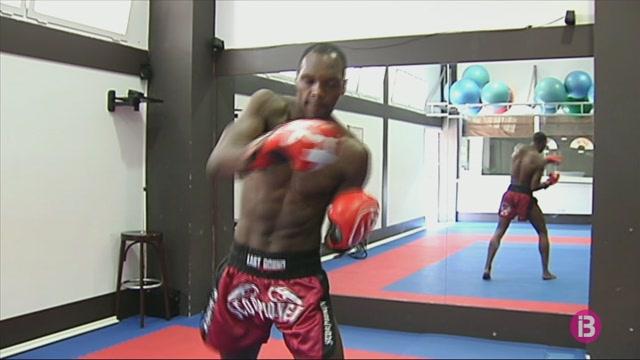 Frank+Mu%C3%B1oz+es+retira+del+kickboxing+professional+amb+37+anys