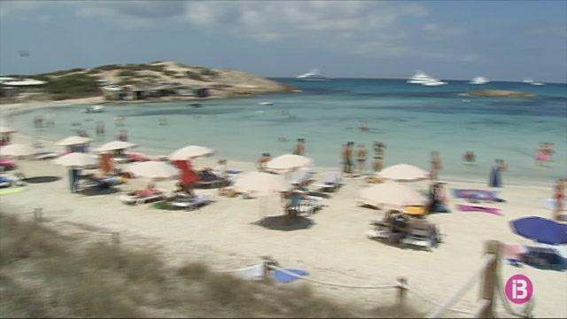 El+Consell+de+Formentera+demana+que+es+facin+PCR+als+turistes+abans+que+tornin+al+seu+origen