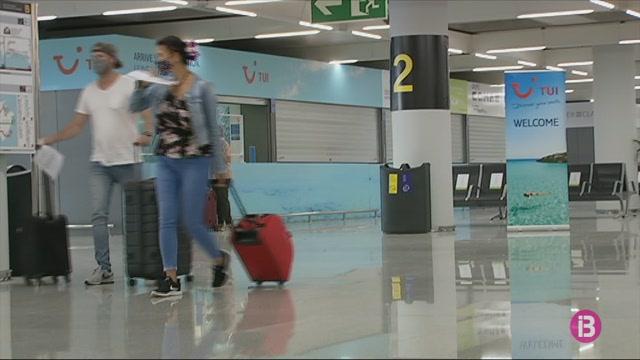 Son+Sant+Joan%2C+el+tercer+aeroport+amb+m%C3%A9s+tr%C3%A0nsit+de+l%27UE+el+passat+diumenge