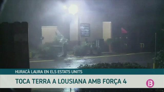 L%27hurac%C3%A0+Laura+de+categoria+4+tocat+terra+a+Louisiana