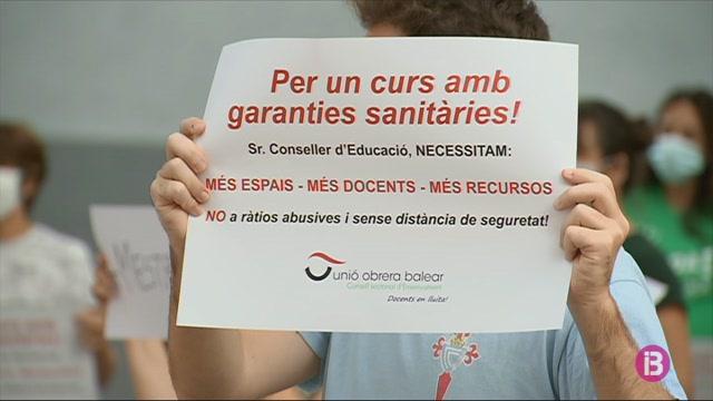 Els+professors+de+Menorca+demanen+m%C3%A9s+espais+i+recursos+a+la+Conselleria