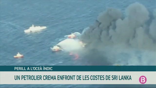 Un+incendi+a+un+petrolier+enfront+de+les+costes+de+Sri+Lanka