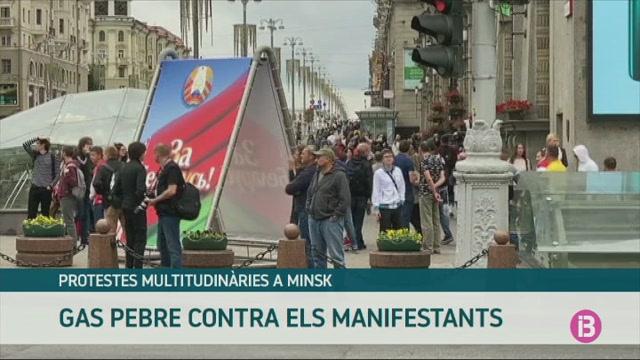 M%C3%A9s+de+100.000+persones+es+manifesten+a+Minsk+contra+el+govern+de+Lukashenko