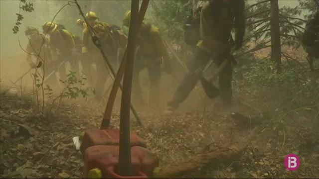 Calif%C3%B2rnia%2C+Oregon+i+Washington%2C+arrasats+pels+incendis+forestals