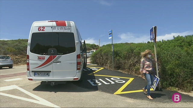 Els+usuaris+del+transport+p%C3%BAblic+davallen+a+Menorca+m%C3%A9s+d%27un+60%25