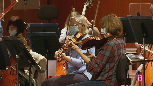 Pablo+Urbina+dirigeix+l%27OSIB+a+un+nou+homenatge+a+Beethoven