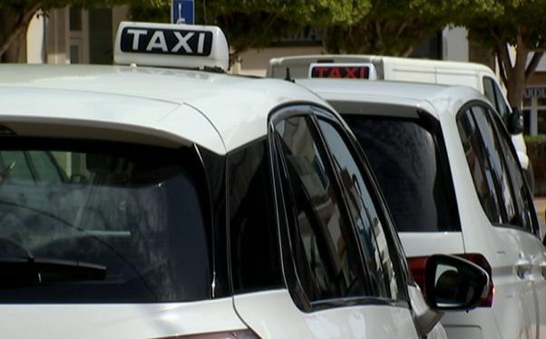Els+serveis+de+taxi+s%26apos%3Bhan+redu%C3%AFt+un+90%2525+respecte+del+mes+de+maig+de+l%26apos%3Bany+passat