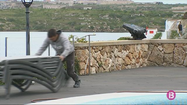 El+sector+hotelers+i+els+habitatges+vacacionals+de+Menorca+no+preveuen+obrir+per+Setmana+Santa