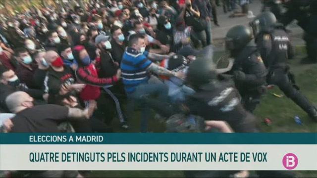 Quatre+detinguts+pels+incidents+a+un+acte+electoral+de+Vox+a+Madrid