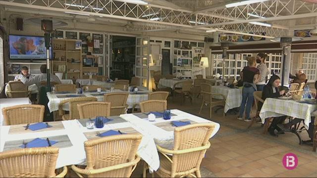 Els+restauradors+de+Menorca+tamb%C3%A9+podran+oferir+sopars+a+terrasses+els+caps+de+setmana