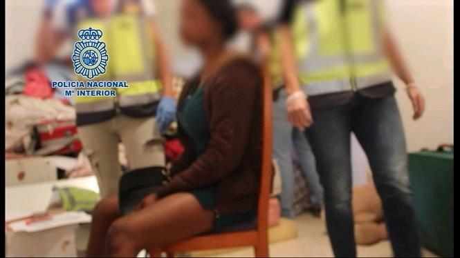 Alliberades+10+dones+a+M%C3%A0laga+que+eren+obligades+a+exercir+la+prostituci%C3%B3