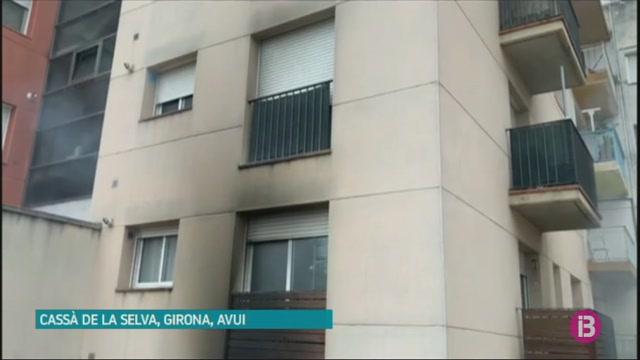 Dos+morts+i+quatre+ferits+en+un+incendi+en+un+habitatge+a+Girona
