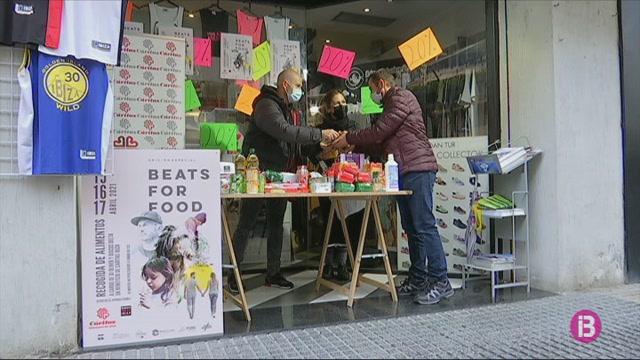 Donar+menjar+a+canvi+de+rebre+un+disc%3A+la+iniciativa+solid%C3%A0ria+que+promou+DJ+Oliver+a+Eivissa