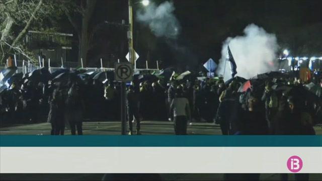 Continuen+les+protestes+als+Estats+Units+per+la+viol%C3%A8ncia+policial+contra+la+poblaci%C3%B3+negra