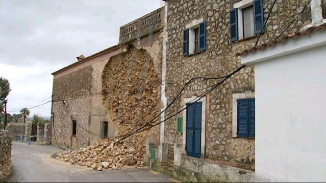 Nombrosos+incidents+a+Mallorca+a+causa+de+les+pluges+i+el+vent