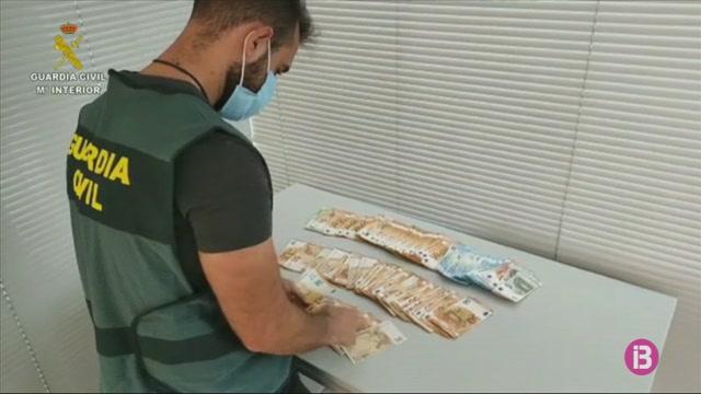 Detingudes+cinc+persones+per+traficar+amb+coca%C3%AFna+a+Santa+Eul%C3%A0ria