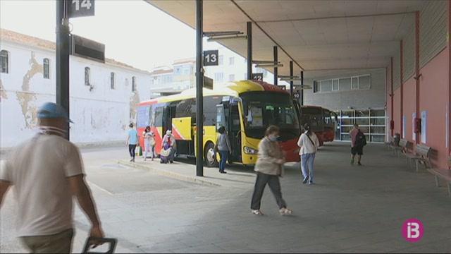 L%27inici+del+transport+p%C3%BAblic+amb+les+urbanitzacions+de+Menorca+s%27endarrereix+un+mes