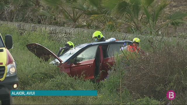 Dos+ferits+lleus+a+conseq%C3%BC%C3%A8ncia+de+dos+accidents+a+la+carretera+general+de+Menorca